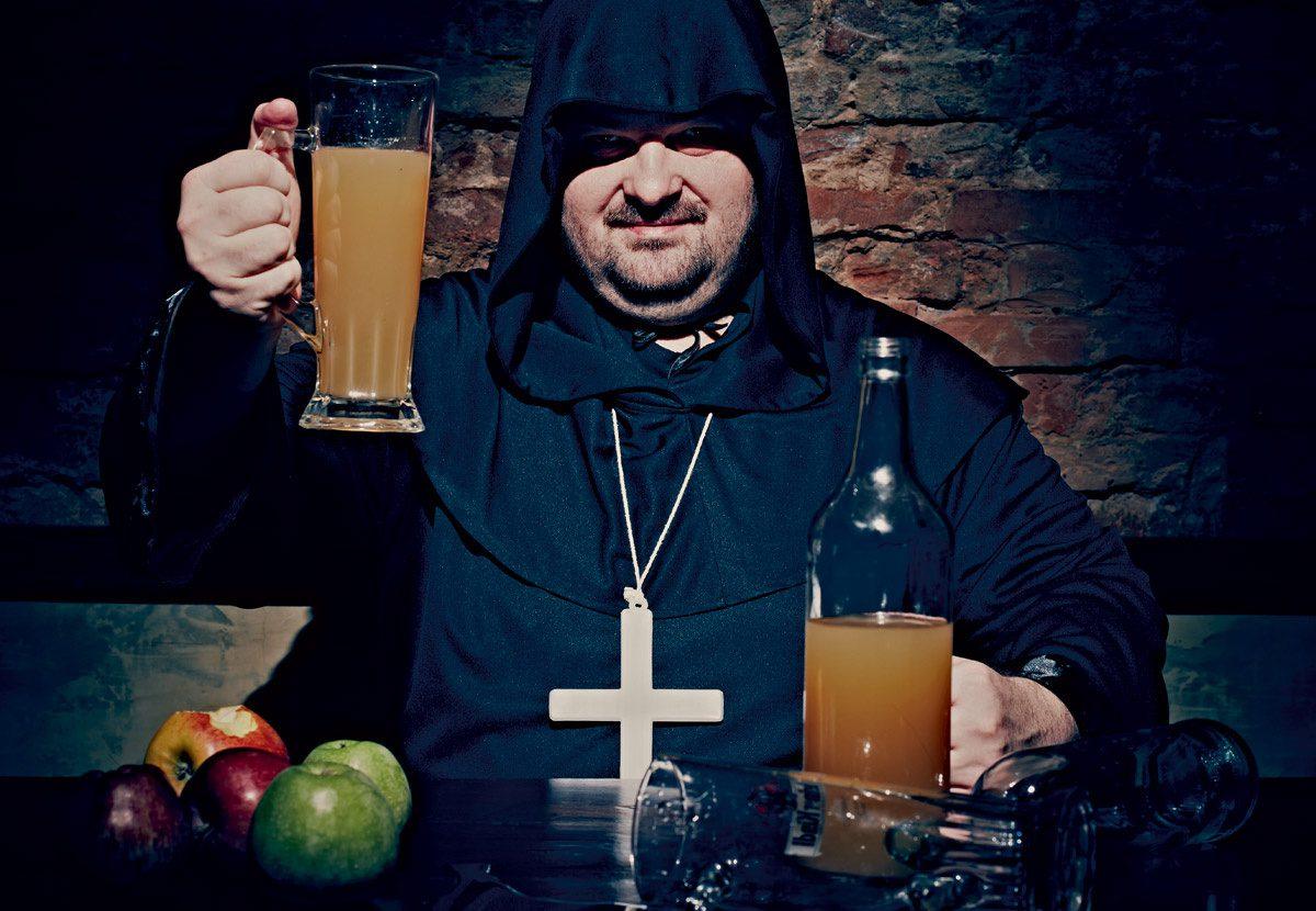 В Питере резко выросли продажи сидра, а с ним и контрафакта под брендом «Яблочный спас»